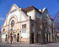 Hidden Treasures of Budapest / Synagogues inside-outside the